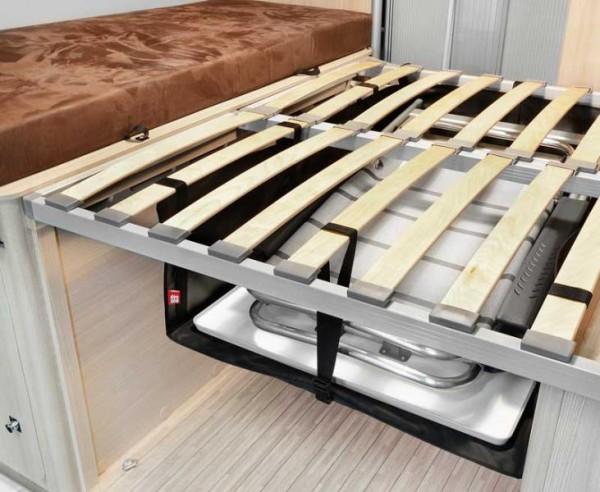 Staubox Zoombox unter dem Heck Bett für Kastenwagen horizontal