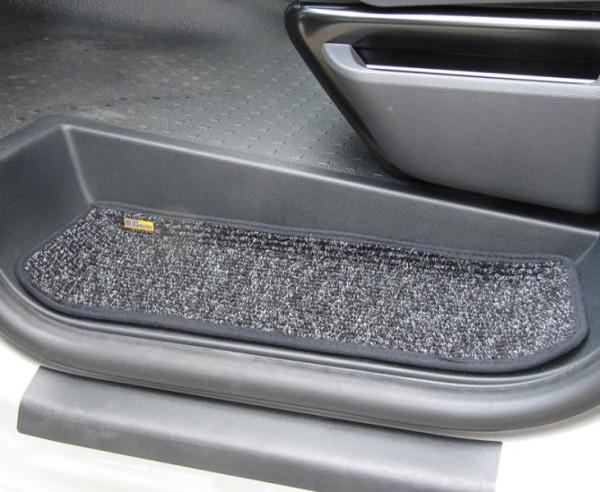 Fußmatten Eintrittstufe für Fahrerhaus und Schiebetür Volkswagen VW T5 / T6